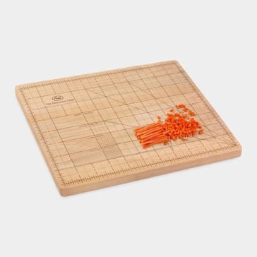 97158_A2_Cutting_Board_Wooden_Obsessive