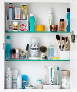 full-medicine-cabinet_300