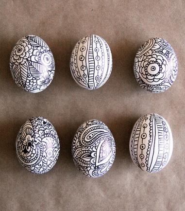 Doodle Easter Eggs via Alisa Burke