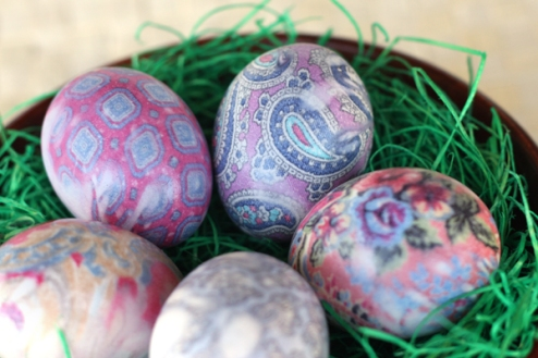 Silk Dyed Easter Eggs via Our Best Bites