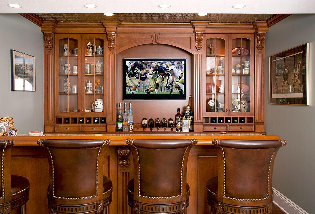 Man room f i n d s - Custom bar design ...