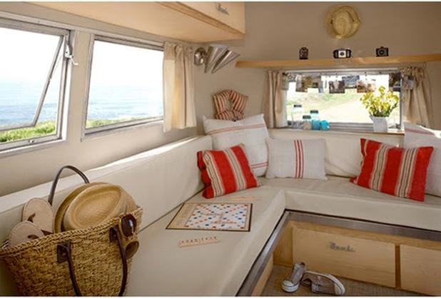 Airstream trailer f i n d s for Interiores de caravanas reformadas