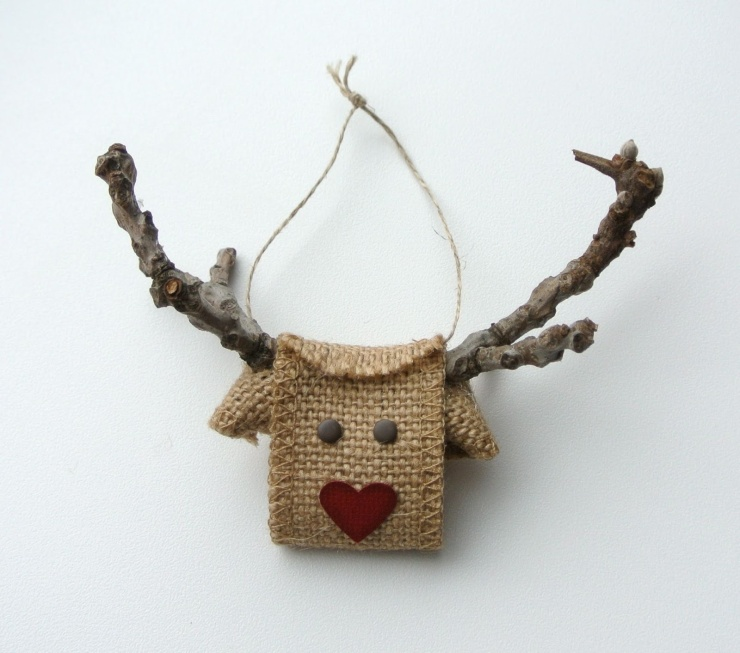 FINDS Holiday DIY Roundup - Meet Rudolf