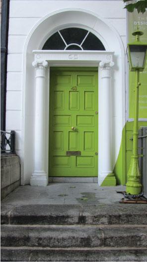 Favorite-Bright-Green-Dublin-Door---FINDS-Blog