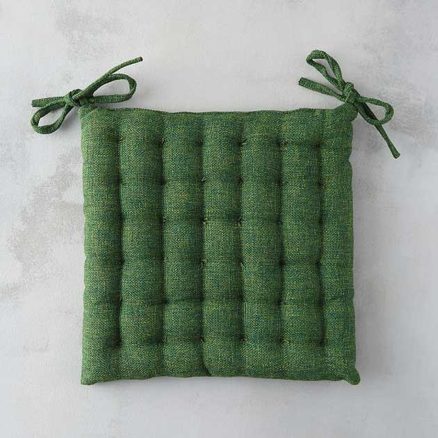 Tufted-Outdoor-Cushion---Terrain